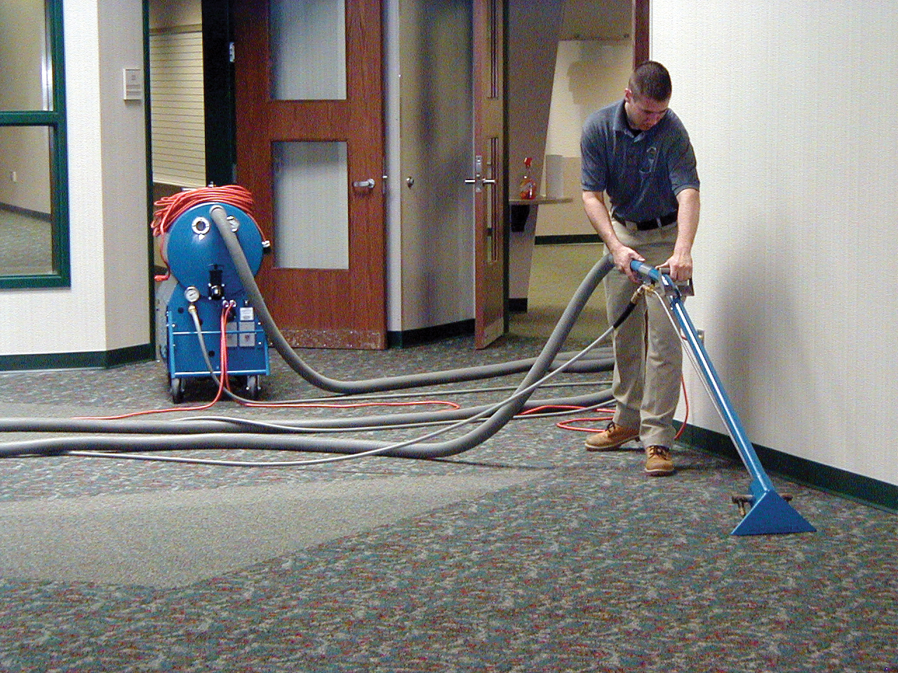 Ultra-Port Portable Carpet Cleaning Machine
