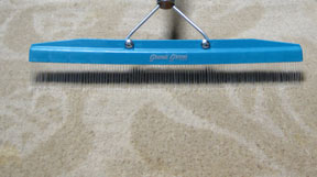 Grandi Groom Carpet Rake Removes footprints from velvet, plush cut-pile carpet