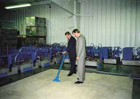 Cleaning filthy dirty commercial carpet with Bane-Clene Para-Mount truck mount carpet cleaning equipment